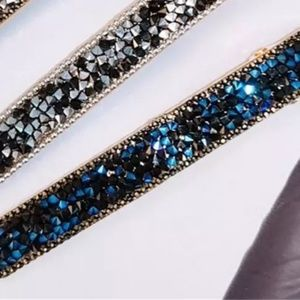 Accessories - Metallic Blue Embellished Crystal Hair Clip